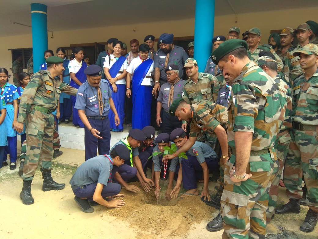 Plantation drive by Ganga Task Force